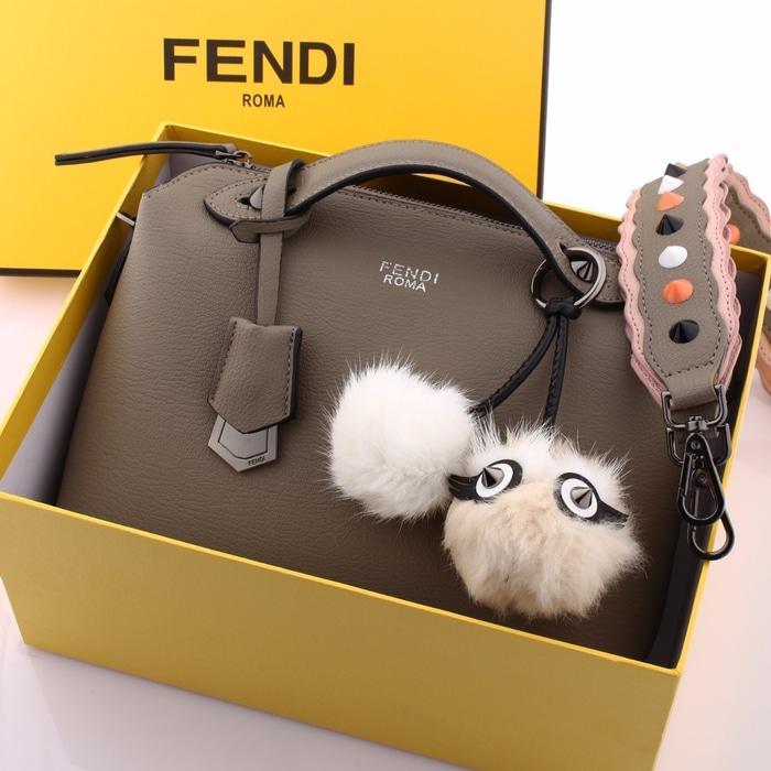 Tas Wanita Fendi Natasha Embos Set Clutch Bag Semi Premium