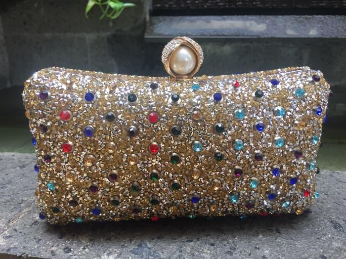 Tas Dompet Pesta Kondangan Clutch Impor Kristal Cantik Farnell Gold ... 8249f536ba