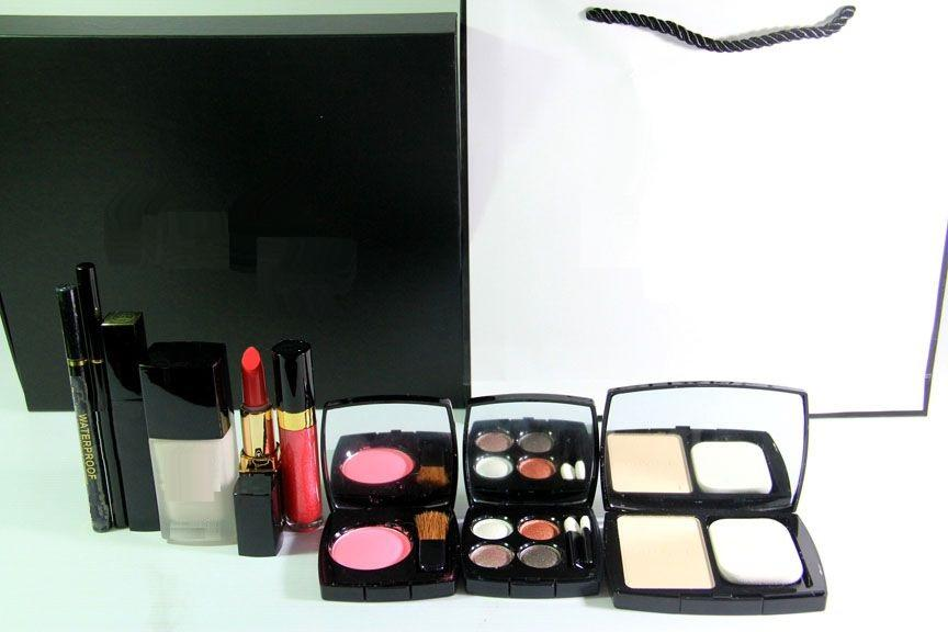 KOSMETIK PALETTE 9 in 1   Make Up palette kit KOSMETIK PALETTE 9 in 1 ce4fe97c5f