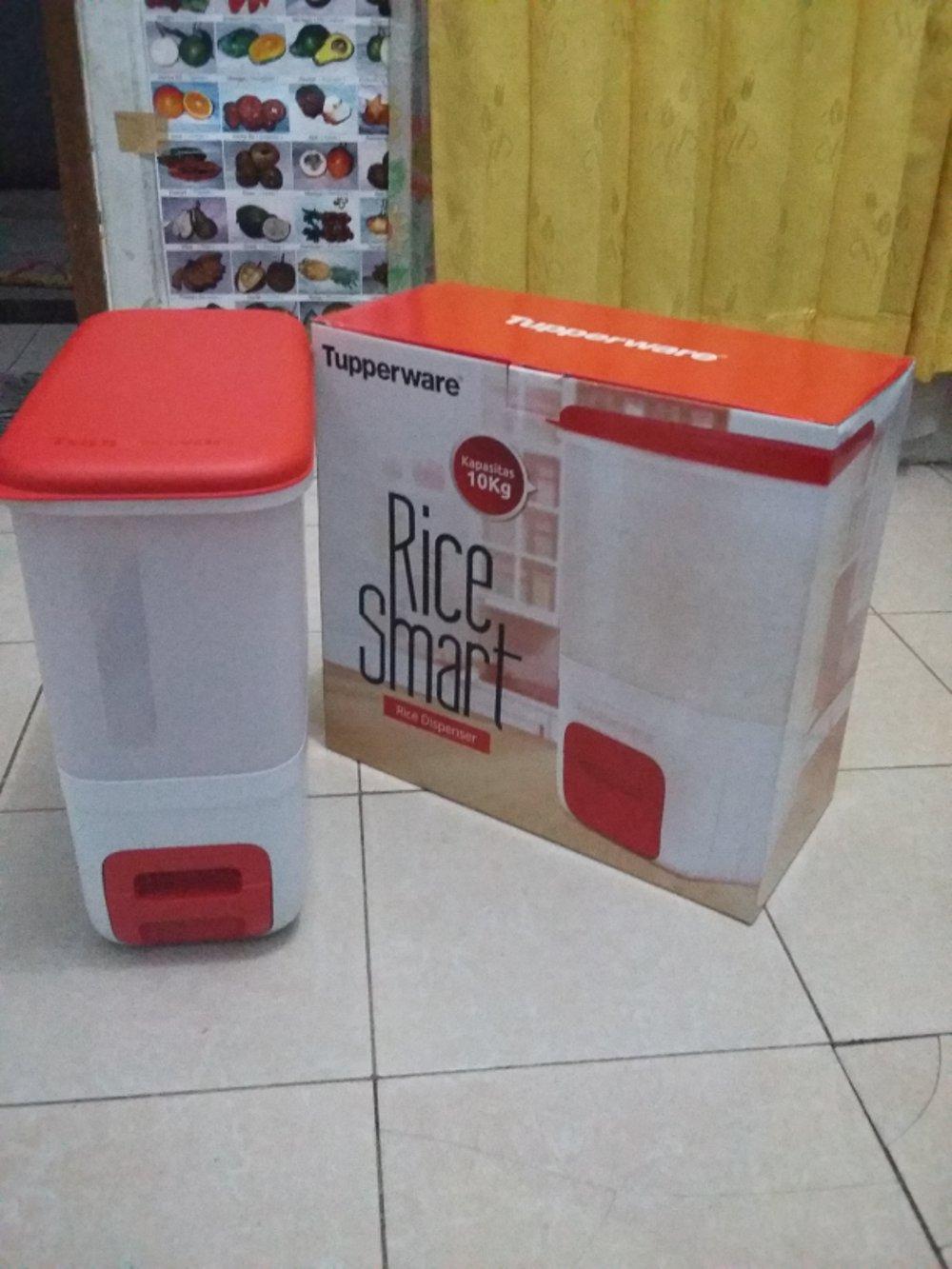 Tempat beras/Rice smart Tupperware di lapak Denis_olshop84 denis_andini