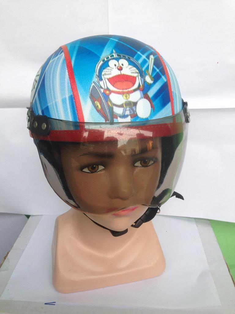 Helm Anak Retro Karakter Lucu Usia 1 5 Tahun New Motif Helowkiti Unyu Model Frozen Krem Ungu Istimewa Doraemon 4 Kaca