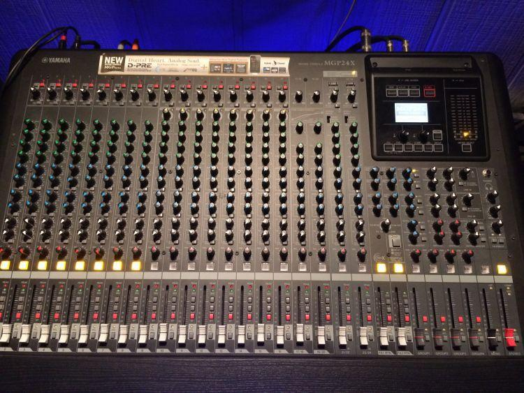 Mixer Yamaha MGP 24X / MGP24X / MGP-24X Terbaru