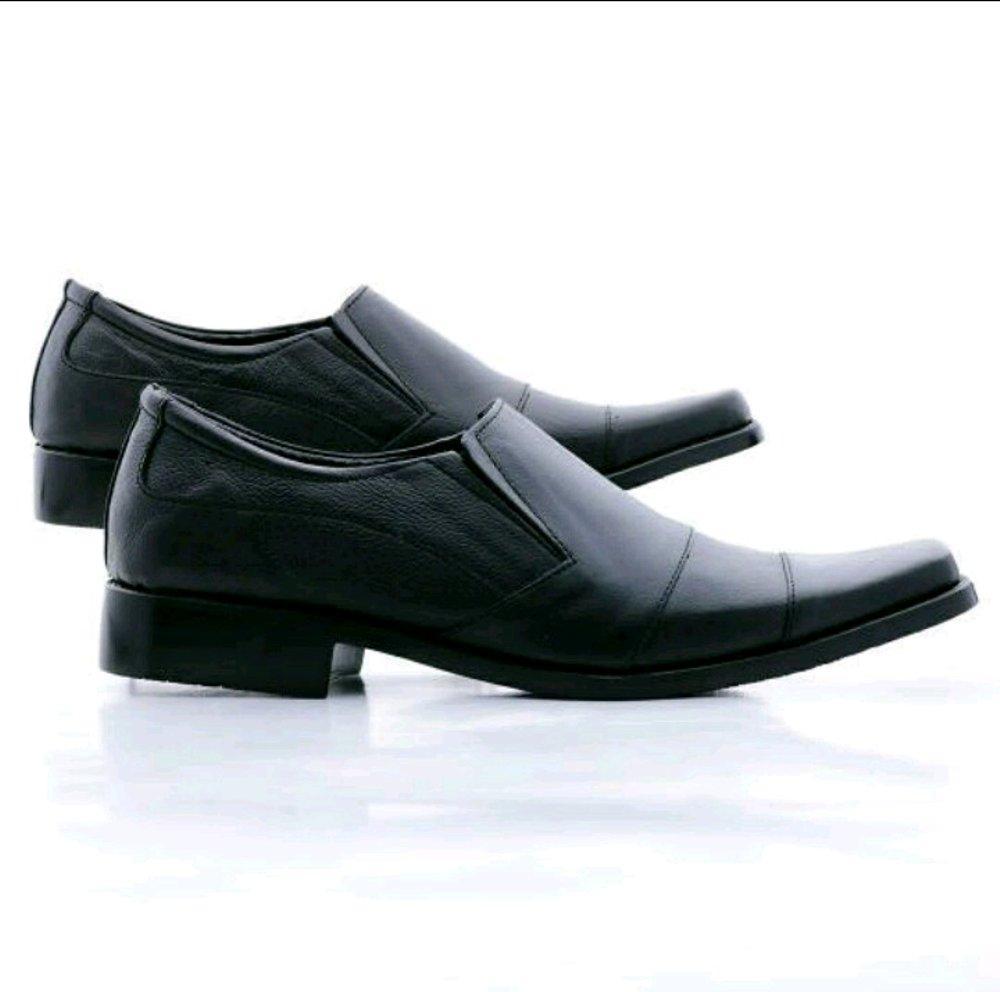 Sepatu Kulit Pantofel Sepatu Pria Sepatu Kerja d5bc86e23a