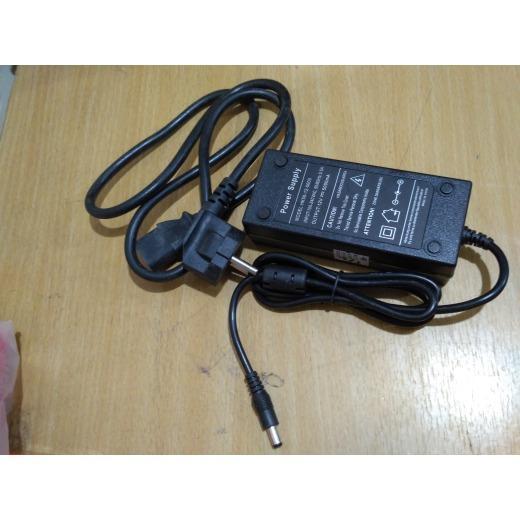 POWER SUPPLY 12V 5A LAPTOP - TOSERBA MEDAN
