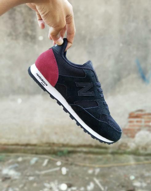 TERLARIS!!! Sepatu Sport Casual Pria Hitam Merah - NB 21