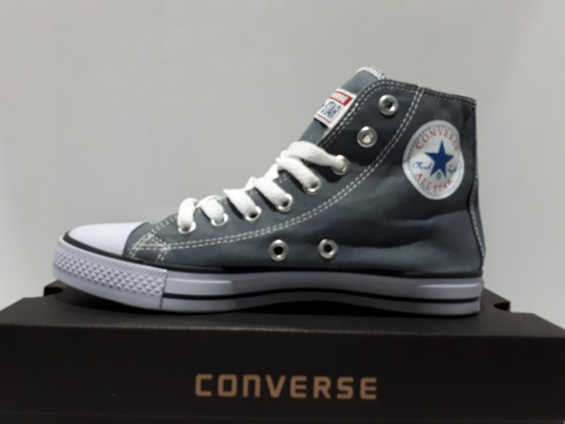 Sepatu kanvas allstars unisex sepatu pria dan wanita