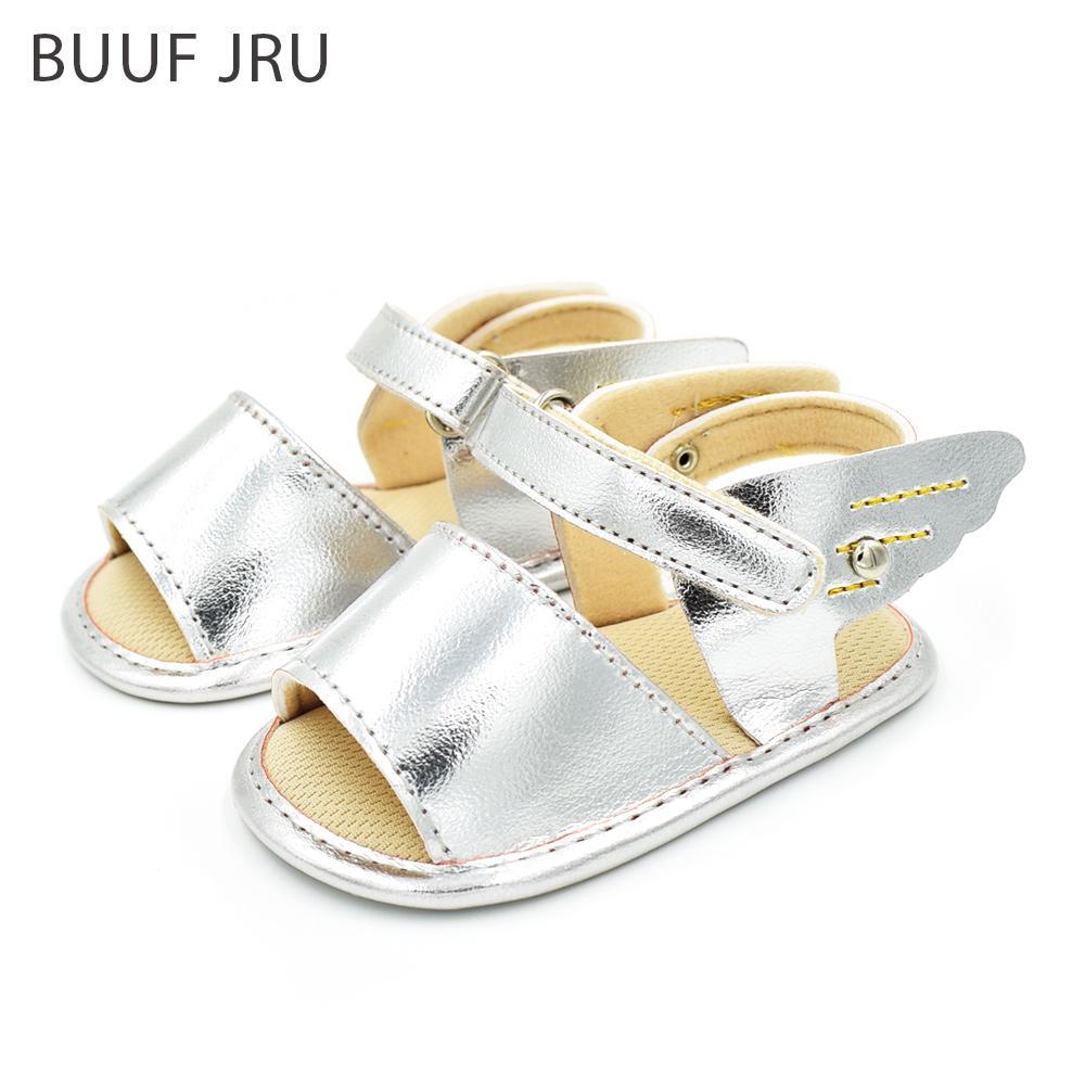 lahir sampai balita 18 bulan memakai sepatu sol lembut coklat lucu bayi laki . Source ·