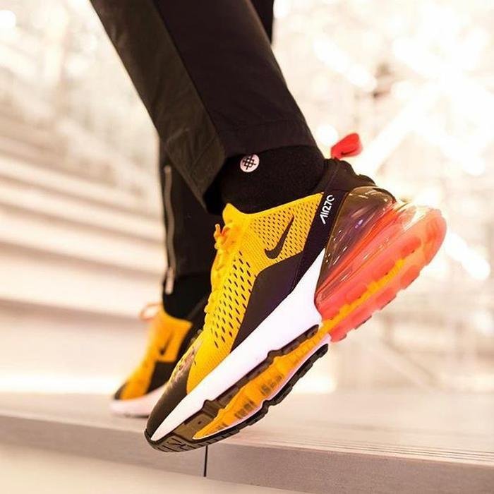 Nike Airmax 270 Yellow Premium Original / sepatu nike / sepatu running / sepatu murah / sepatu nike / sepatu keren / sneaker / sepatu diskon / sepatu gaya / sepatu lari / sepatu santai / sepatu adidas / sepatu supreme / sepatu jordan / sepatu cowok