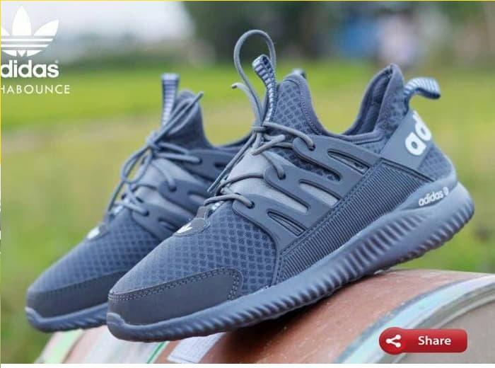 Daftar Harga Sepatu Adidas Terbaru Bulan November