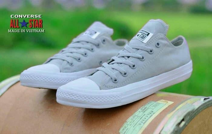Sepatu Pria Casual Loafers Converse Import