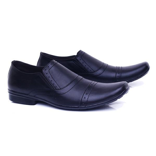 Garucci Sepatu Pantopel Pria Hitam - GHD 0413