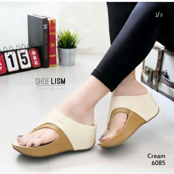 WEDGES CROCODILE