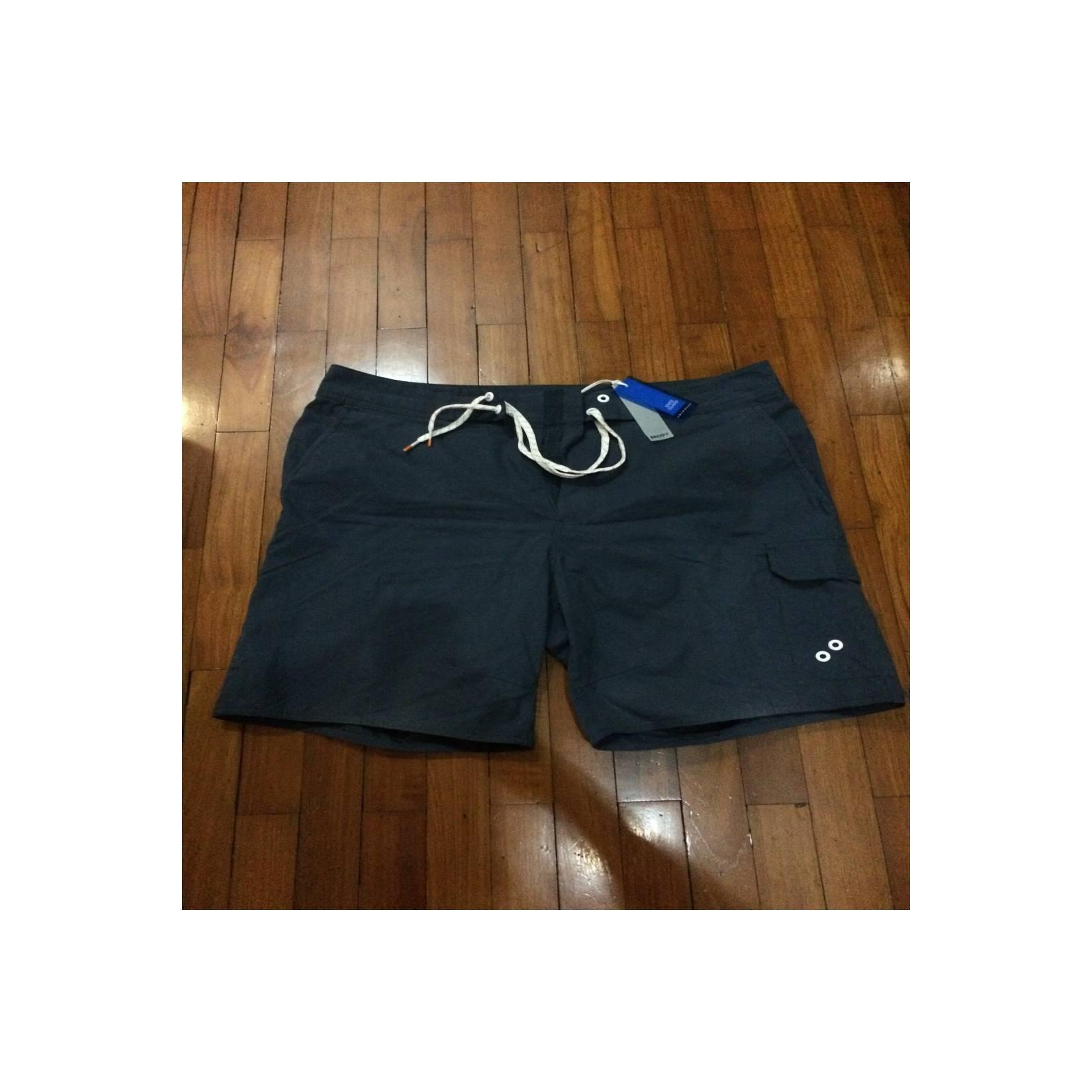 Celana Renang Merk RIVER ISLAND. Original. Size M. Baru. Lengkap Tag