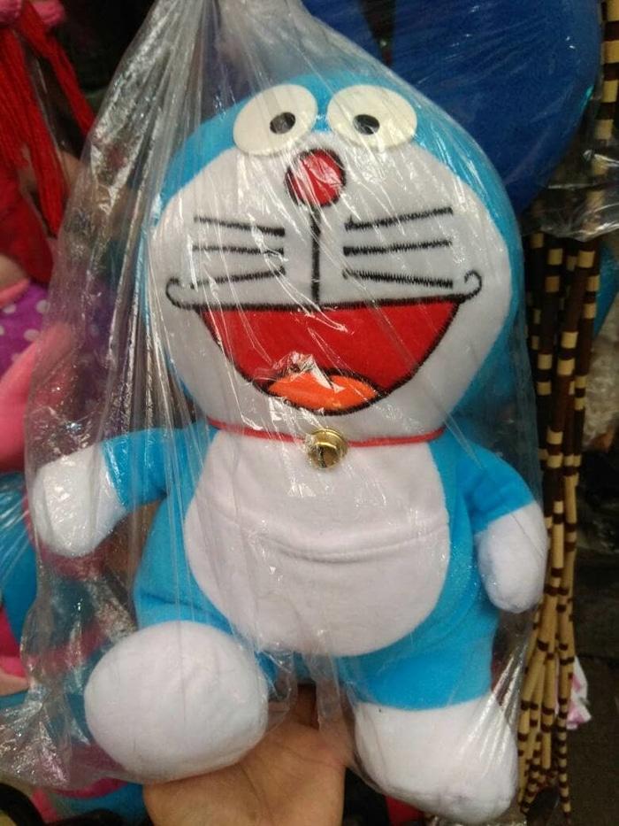 Hemat 15%!! Boneka Doraemon Ukuran Sedang - Souvenir Unik Cantik Dan Murah Jogja - ready stock