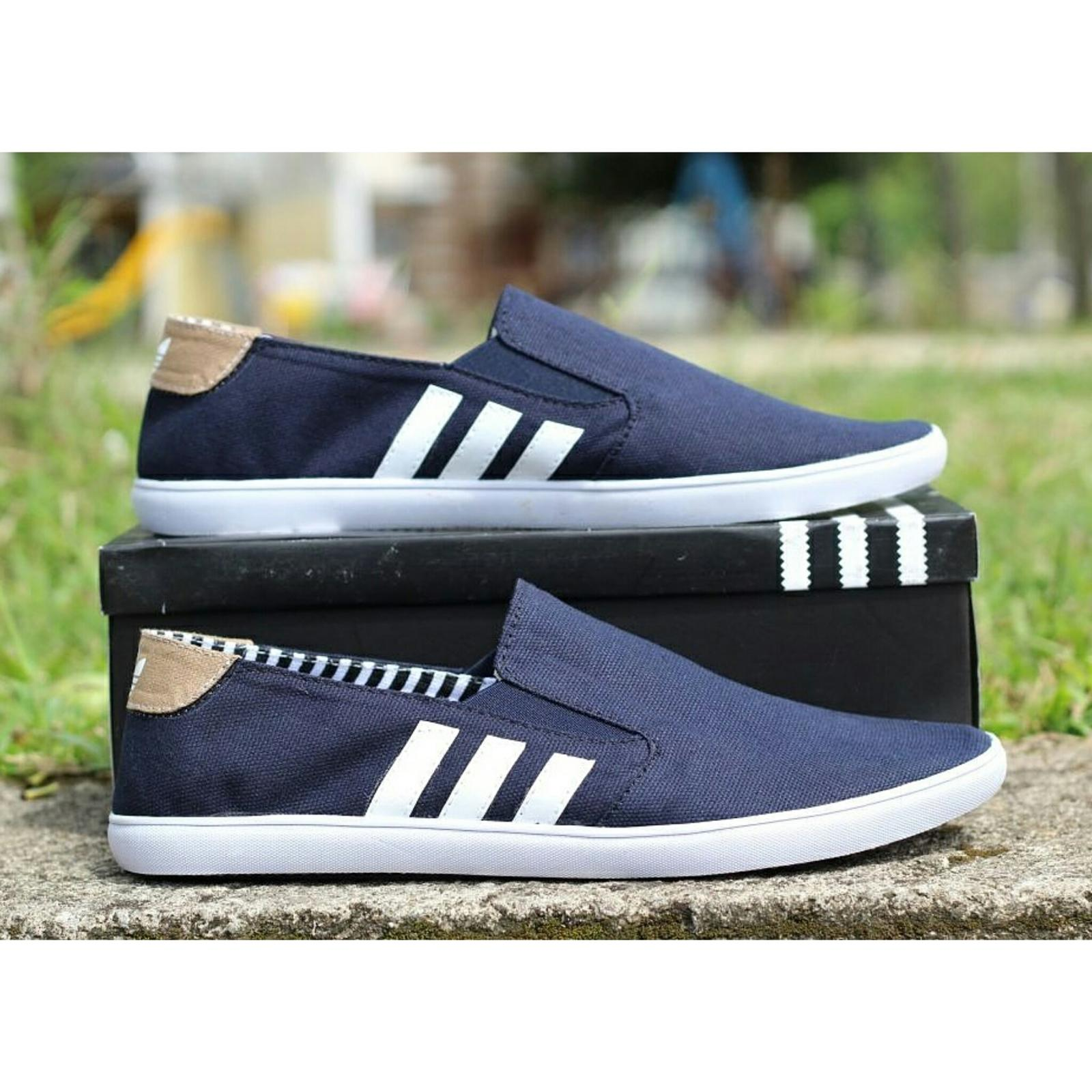 Sepatu Pria Adidas Original Terbaru Lazada Co Id