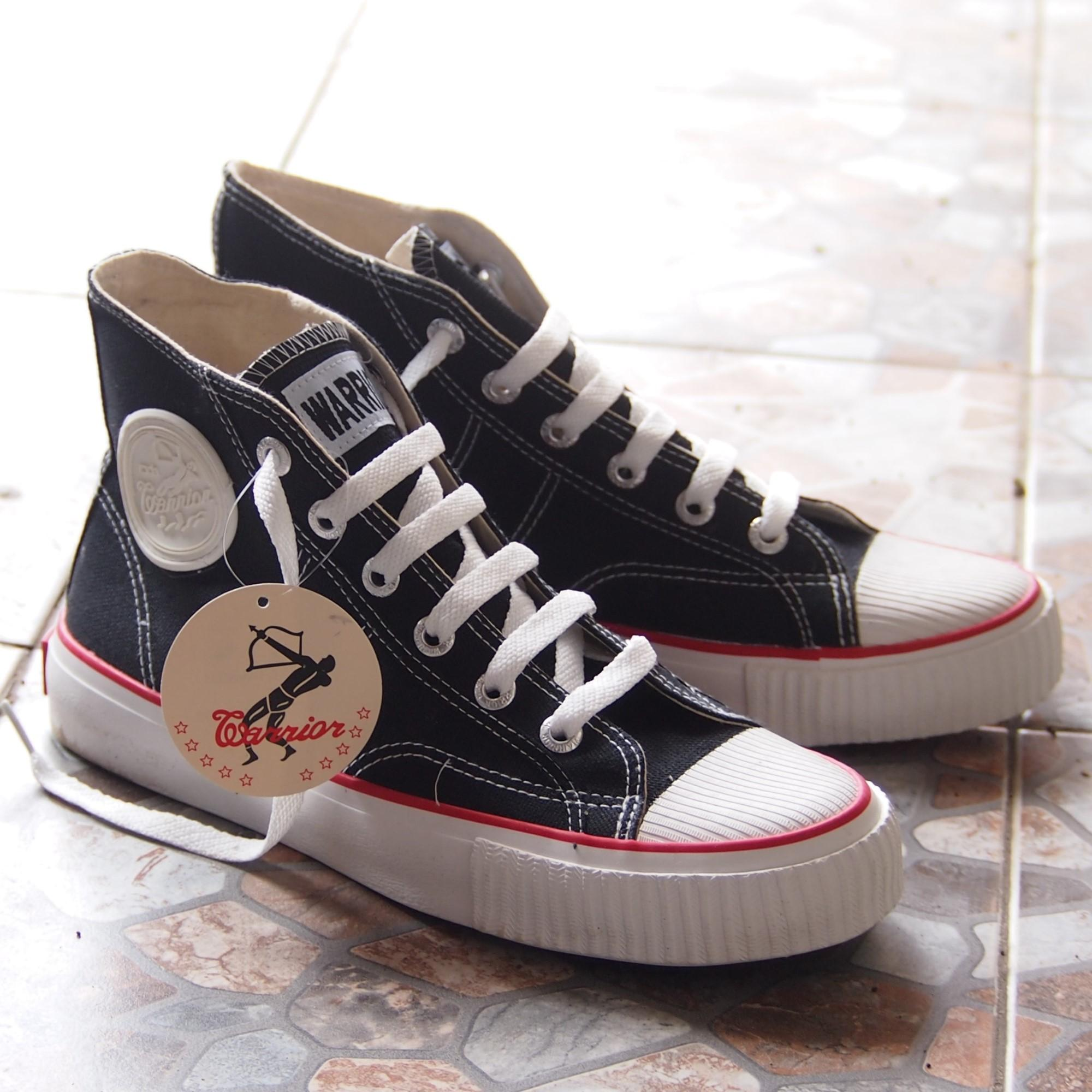 Sepatu Warrior Sepatu Sekolah Sepatu Tali CLASSIC HC Black