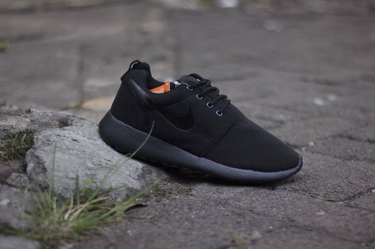 Sneakers Murah Nike Rosherun Cowok . Olahraga - Running - Sekolah - Liburan  - Santai 4d513cd555