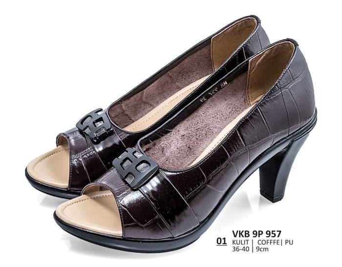 Sepatu wanita   sepatu perempuan SEPATU BRANDED sepatu kerja formal wanita  kantoran   pantofel kulit keluaran 429fc3b90e