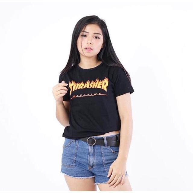 ... T-Shirt \\u002F Kaos Wanita Lengan Pendek Thrasher Warna PinkIDR70000. Rp 75.000