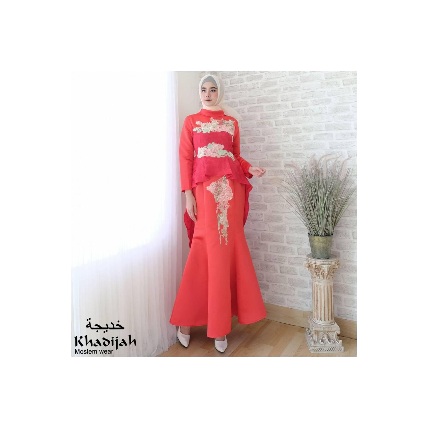 Gaun latifah original brand Khadijah bin Dawod merah