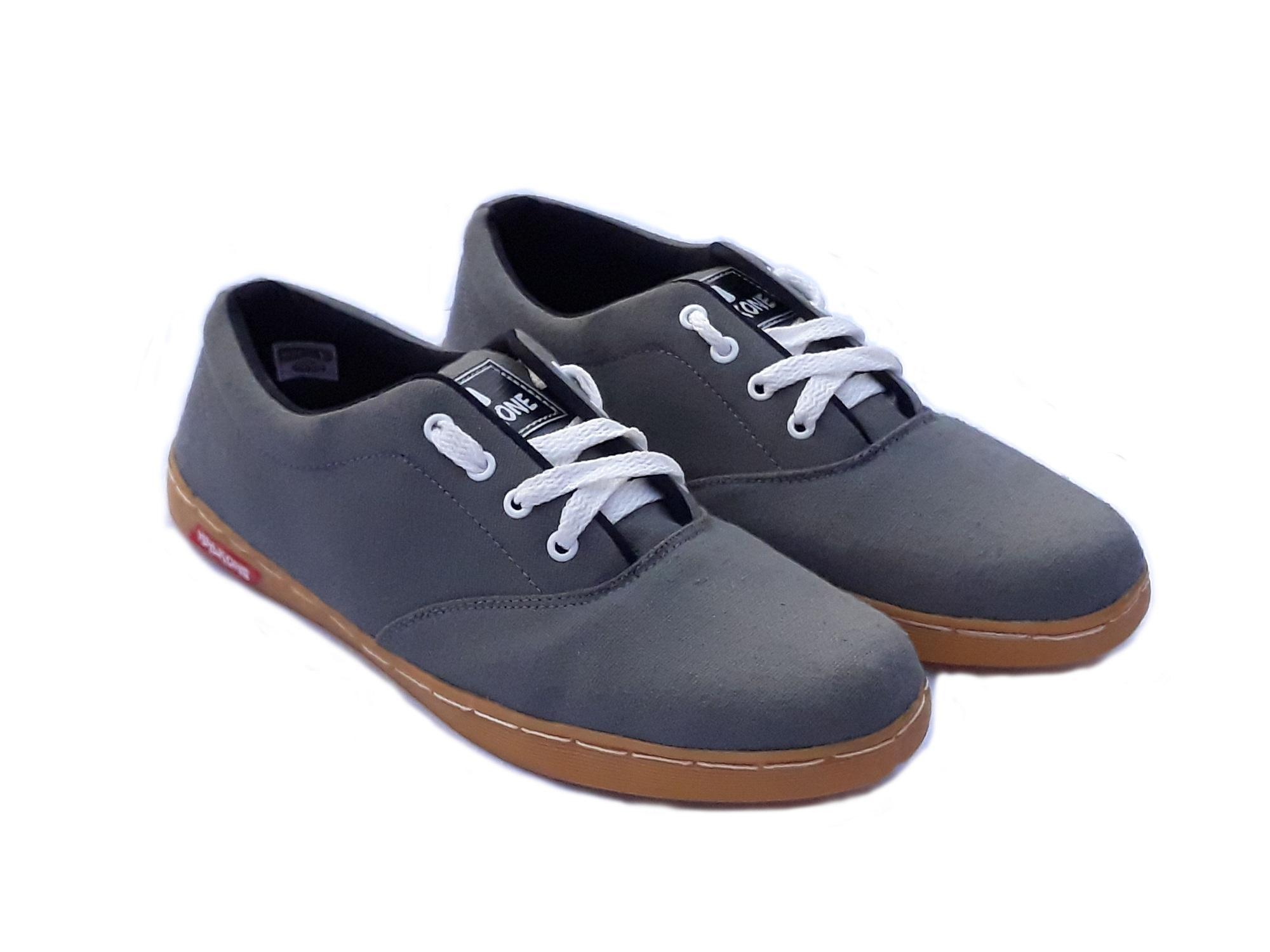 Sepatu Sneakers / Kets / Slip On / Sport Wanita Masa Kini Model Terbaru YS. IDR 58,000 IDR58000. View Detail. Halkoneku Halkone YS Sneaker Pria