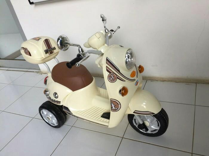 Sepeda Motor Anak Aki Scoopy PMB 338