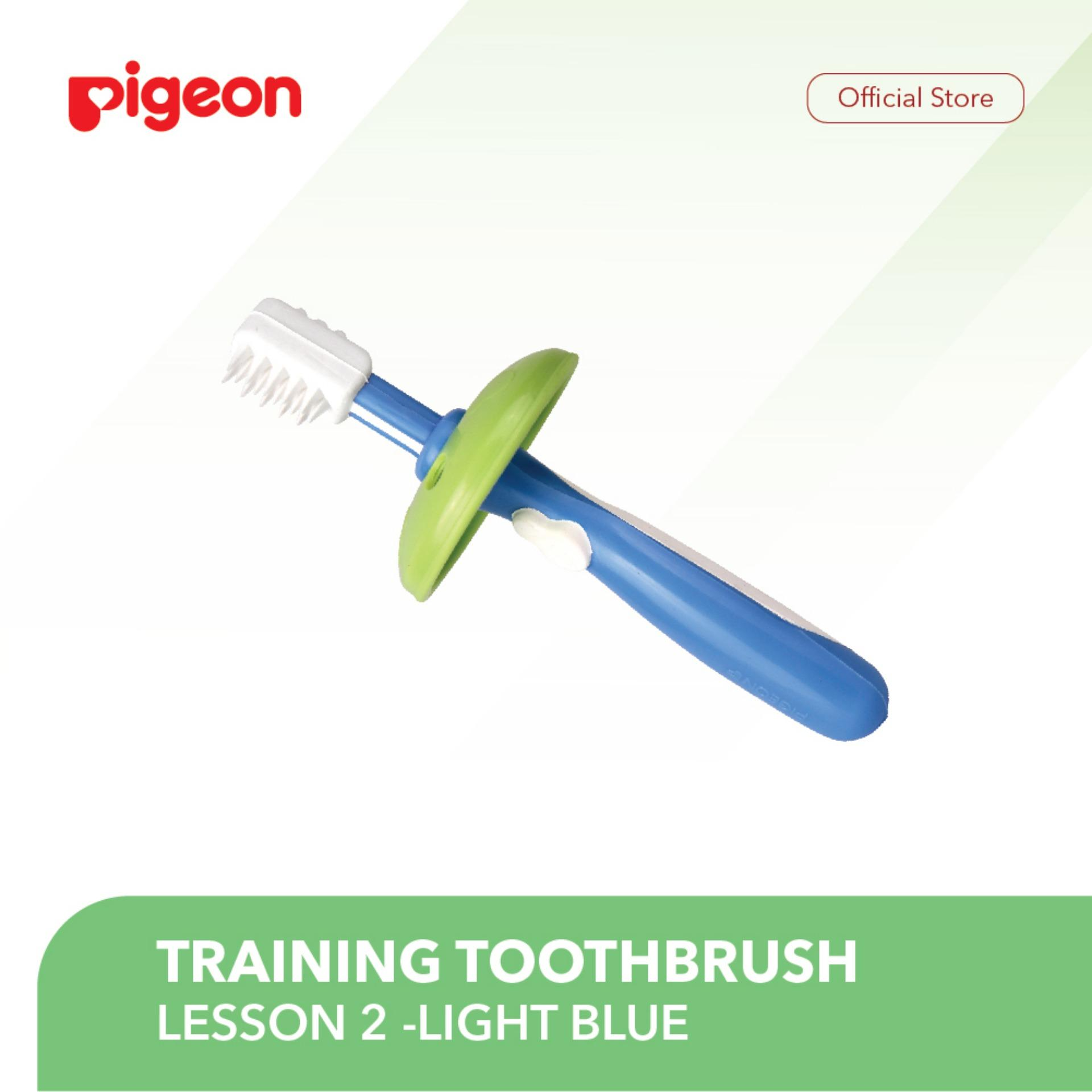 Pigeon Training Toothbrush Lesson 2 - Light Blue By Pigeon Indonesia.