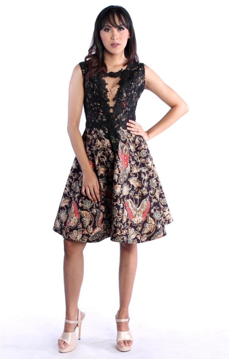 Batik Pesta Modern Bahan Katun Kombinasi Brokat Mini Dress Batik Modern Kupu Kupu Hitam RR1812 by Arcobaleno Produsen Dress Batik Pesta Terbaru 2018 Desain CANTIK dan ANGGUN cocok untuk baju kerja, baju dress pesta dan acara resmi lainnya HARGA MURAH