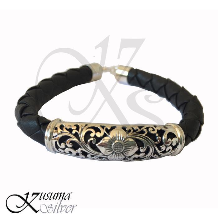 Gelang Bracelet Wanita Cewek Perak Silver Kulit Leather Ukir Bunga