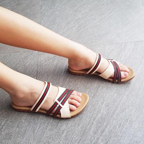 Sandal Kokop Flat Wanita JJT-15 Cream