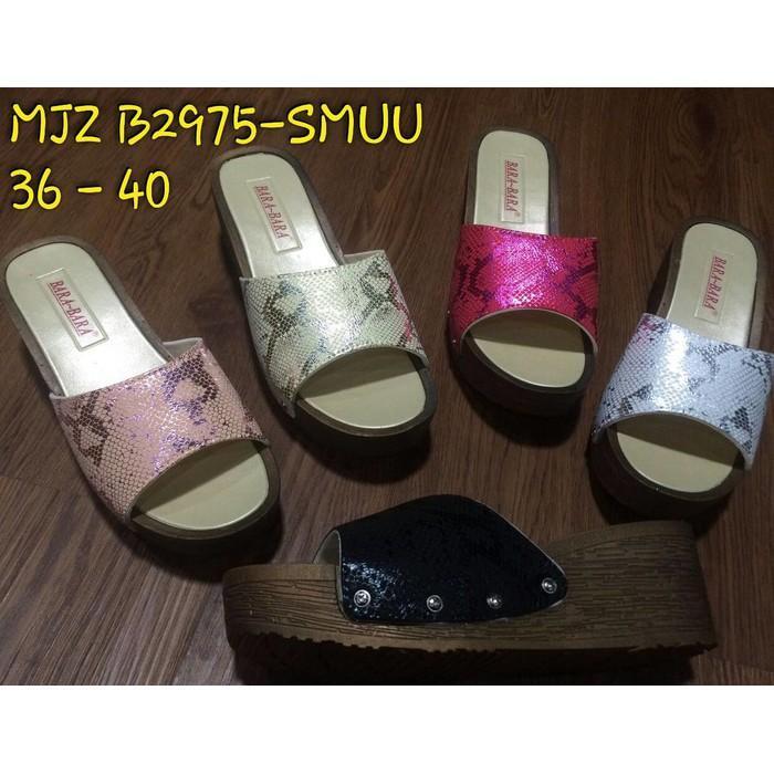 ... Jelly Shoes Bara Bara Sepatu Wanita Wedges Karet Import 3309IDR126000. Rp 126.000. Mjz B2975-Smuu Sendal Sandal ...