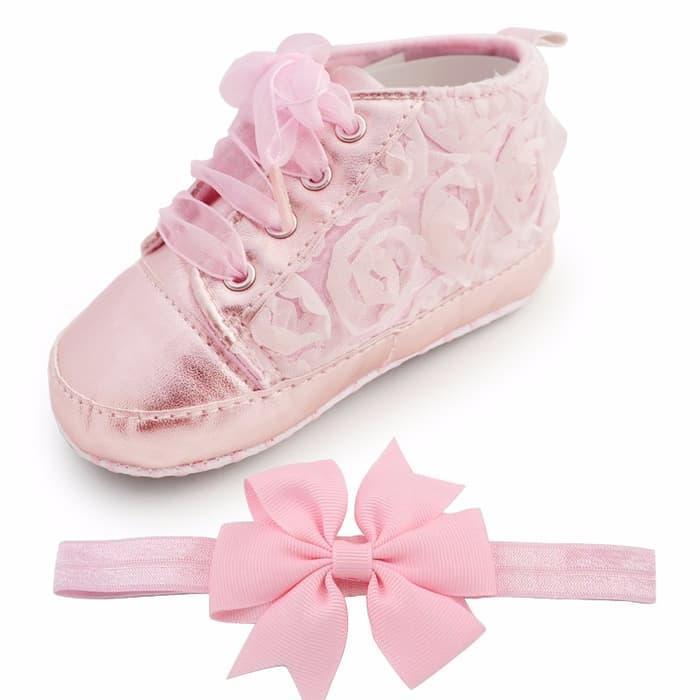 Rp 106.000. PROMO PALING MURAH Sepatu prewalker murah untuk bayi laki & perempuan motif bunga TERLARISIDR106000