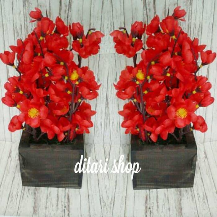 Hiasan Meja Tamu Bunga Sakura Mini Merah - Daftar Harga Terlengkap ... 7d3dc5f8aa