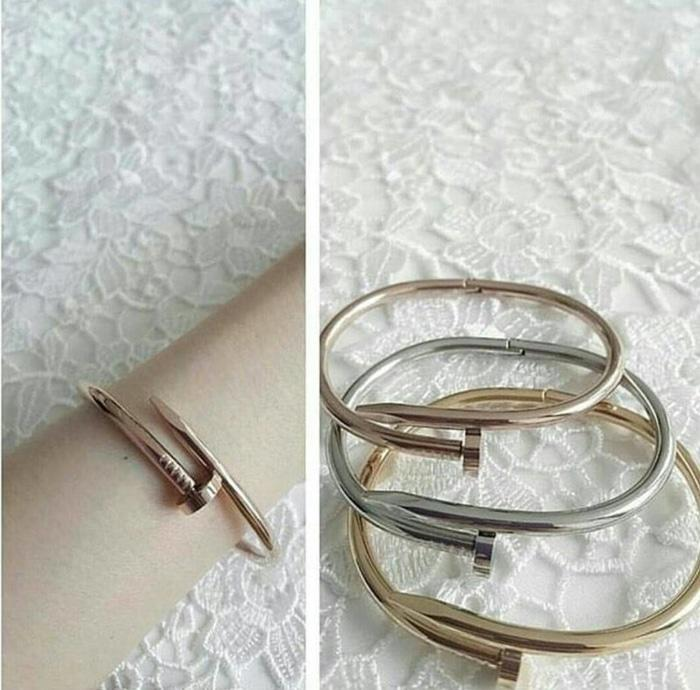 Gelang Cartier Just Nail - Premium