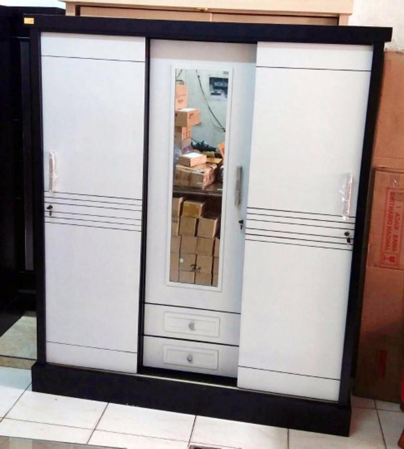 lemari-pakaian-sliding-3-pintu-kayu-bloktik-model-minimalis-model-lemari-pakaian-pintu-geser