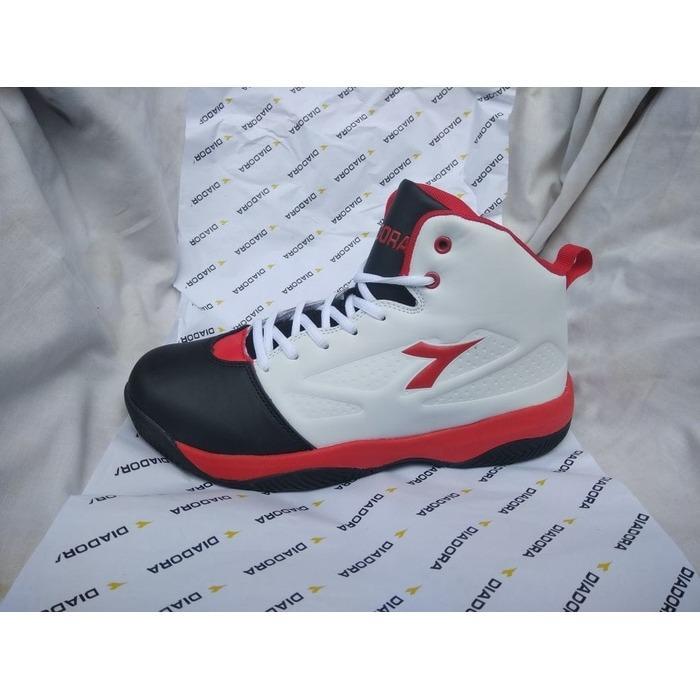 Asli DIADORA Original. WHT. Sepatu Basket Original. Olahraga Basket.