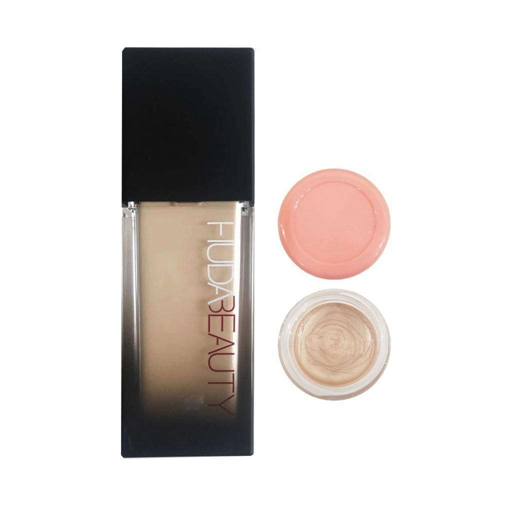 Huda Beauty Faux Filter Foundation **Sample Jar (3mL) Amaretti