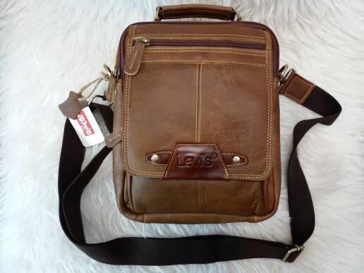 tas pria dan wanita/tas selempang/tas santai/tas kulit asli LEVIS