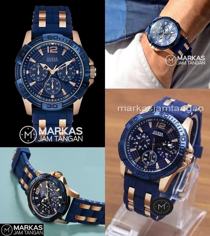 Jam Tangan Pria Guess Man W0366G4 Chronograph Rubber Strap 4375b06d79