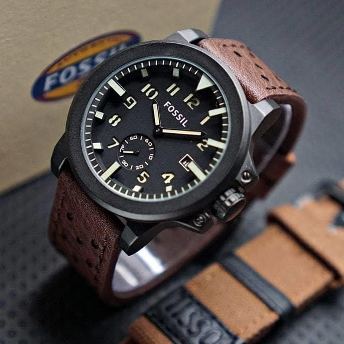 Jam Tangan Pria Fashion Leather Strap Tanggal Aktif Detik Bawah Bonus Tali  Kanvas 93d34d4f7f