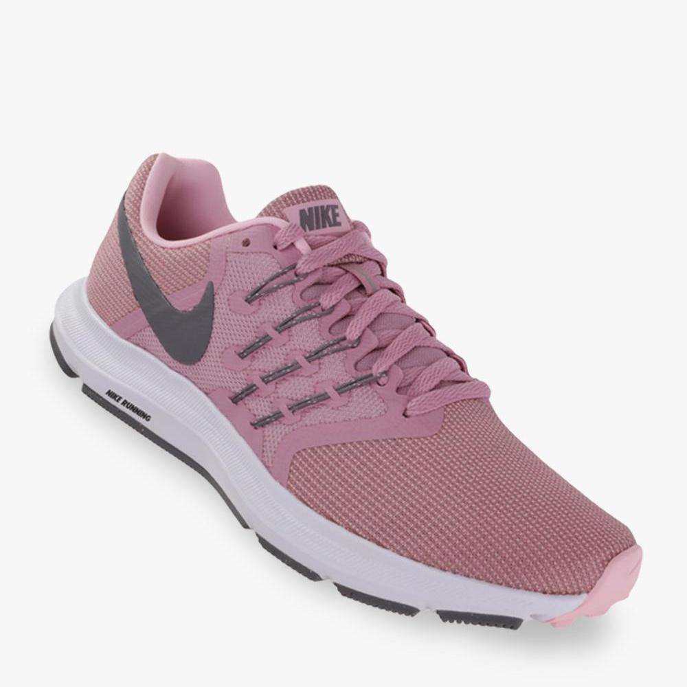 Nike Run Swift Sepatu Lari Wanita