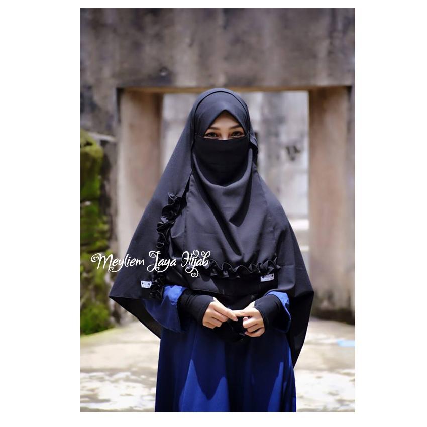 Hijab Meyliem Pashmina Zahra Semi Instan With Cadar - Hitam