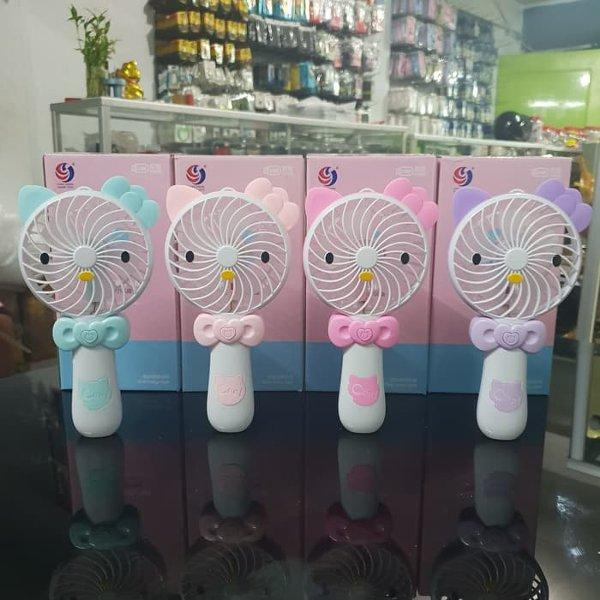 Mini Hand Fan / Kipas Genggam / Kipas Angin Portable Hello Kitty Lampu