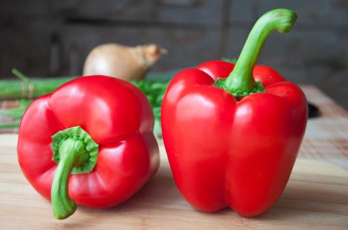 Bibit / Benih / Seed Sayur Paprika Merah Red Bell Pepper Grow In Yard