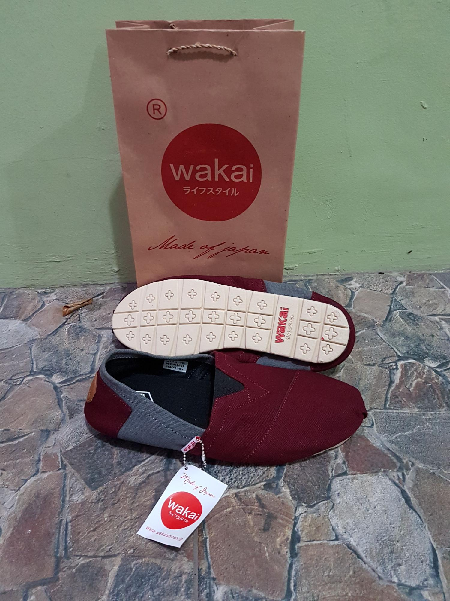 Toko Indonesia Perbandingan Harga Sepatu Wanita Shoes Box 17 08 18 Wakai Pria Slip On Fashion Spatu Dan Marun Abu