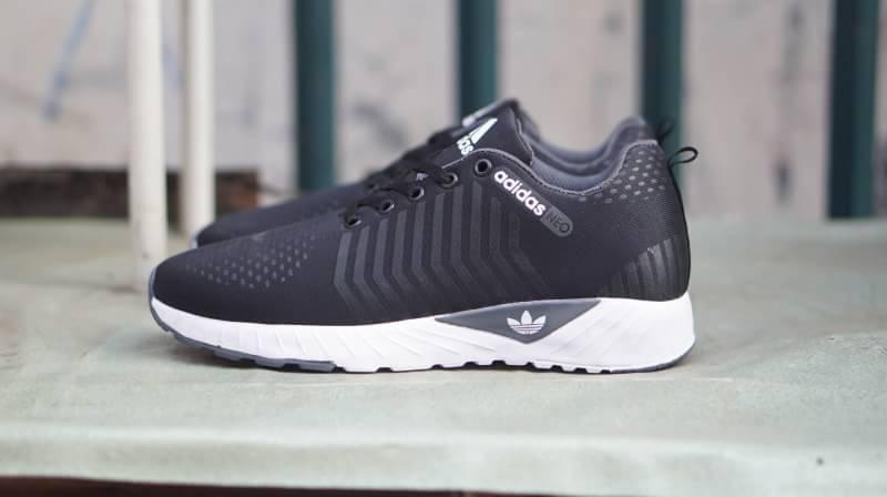 Sepatu Sneakers Pria Casual Santai Jogging Running Olahraga Futsal Kets Slip On the best quality Kuliah Kerja Hangout Import - Bayar Di Tempat ( COD )