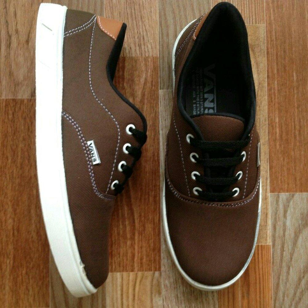 Jual Sepatu Sneakers Pria Terbaru Fila Men Star Shoes Hitam Charcoal