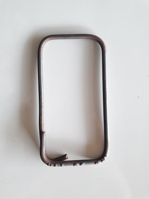 Cincin/gelang besi ukuran besar (ukuran 15cm x 8cm)