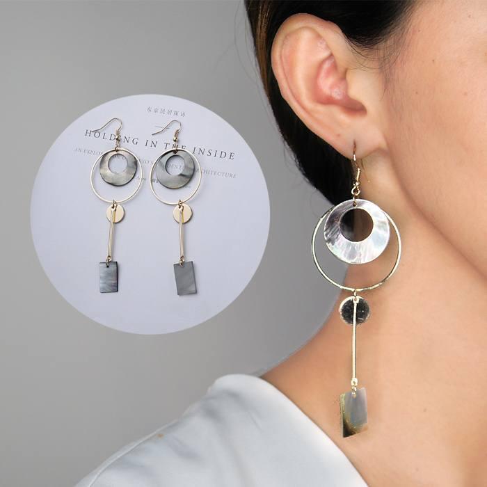 Anting Korea Circle Shell Earrings AP3348