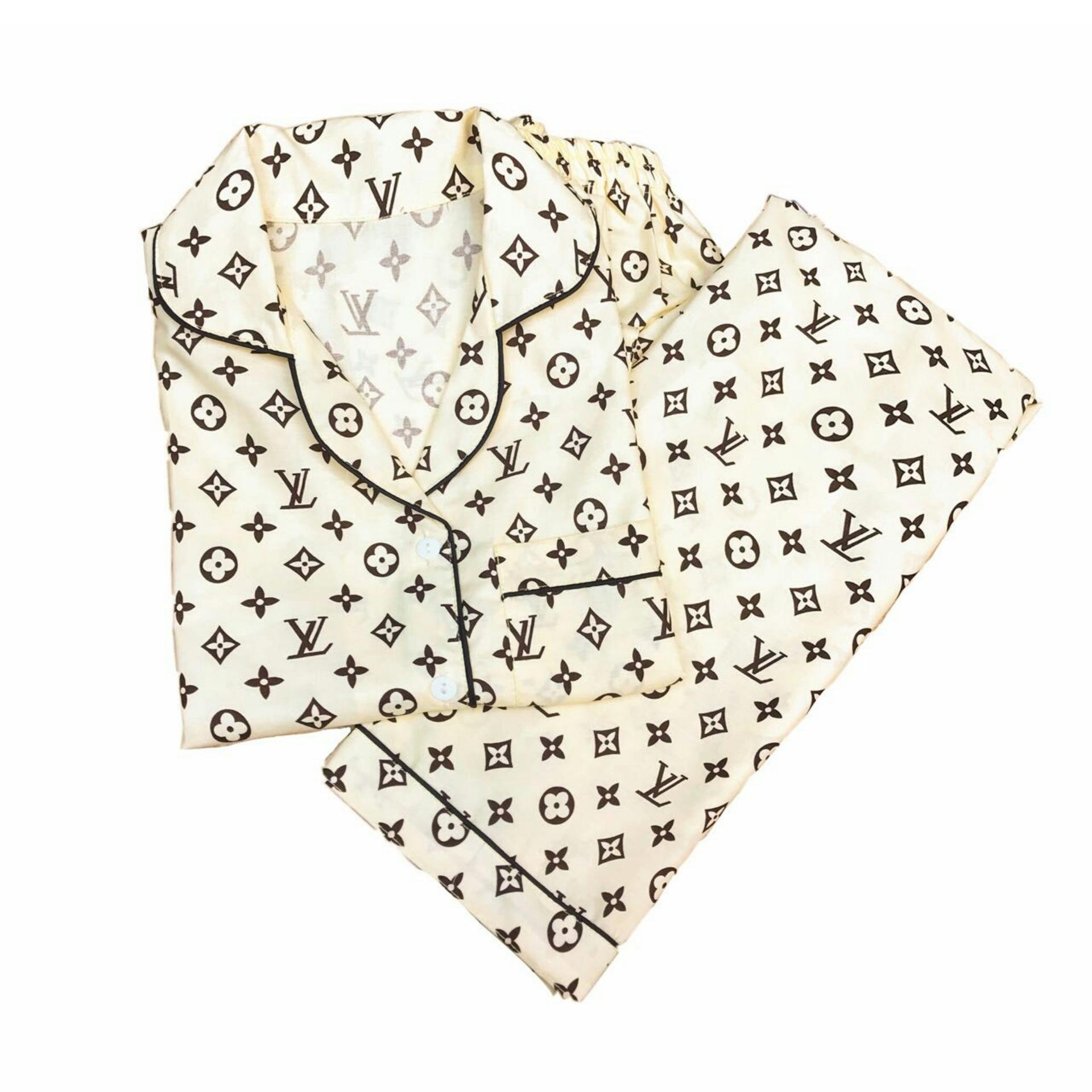 rgs store piyama  baju tidur dewasa LV krem dan brown cp fit to M/L karakter baju tidur